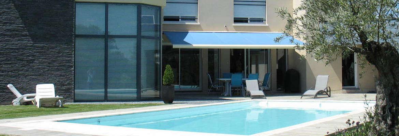 Constructeur de piscines en dordogne for Constructeur piscine 31