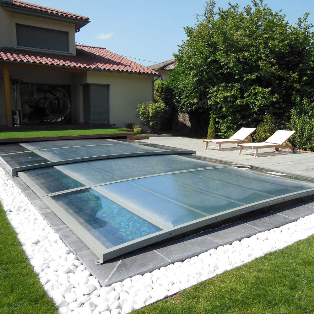 constructeur de piscines en dordogne. Black Bedroom Furniture Sets. Home Design Ideas